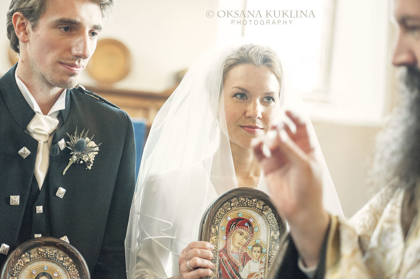 Edinburgh wedding by © Oksana Kuklina Photography